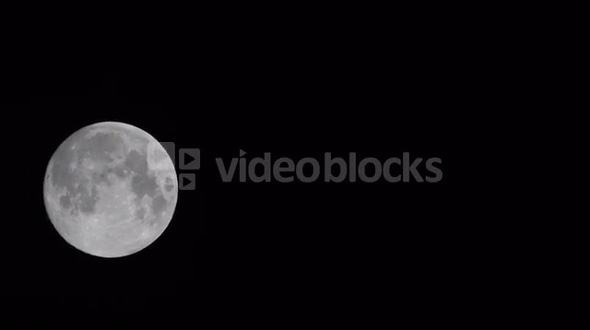 Panning Moon
