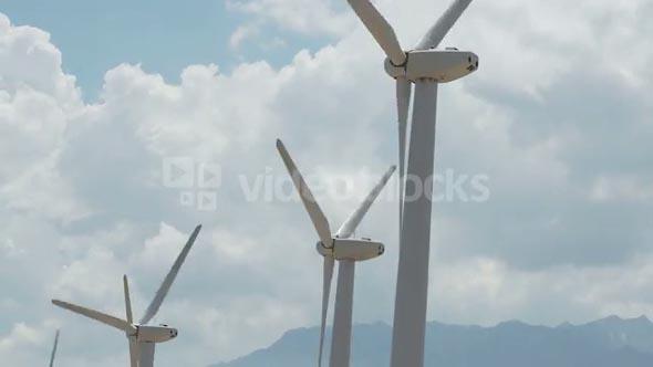 Billowing Cloud Windmill Timelapse
