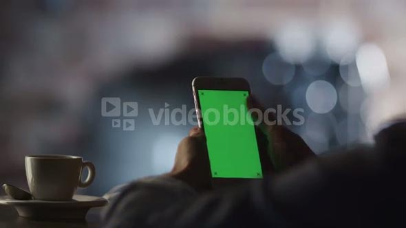Using Phone with Green Screen In Cafe