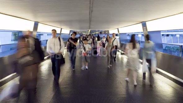 China, Hong Kong, People on busy walkway in Central, Hong Kong Island, T/L