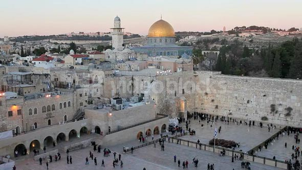 Old City, Dome of the Rock, Jewish Quarter of the Western Wall Plaza, with people praying at the wailing wall, Jerusalem, Israel, Middle East