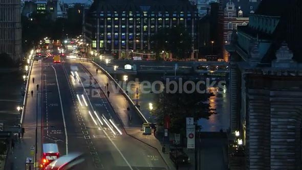 Big Ben Sunrise Over Westminster Bridge Tilt Up Left Timelapse