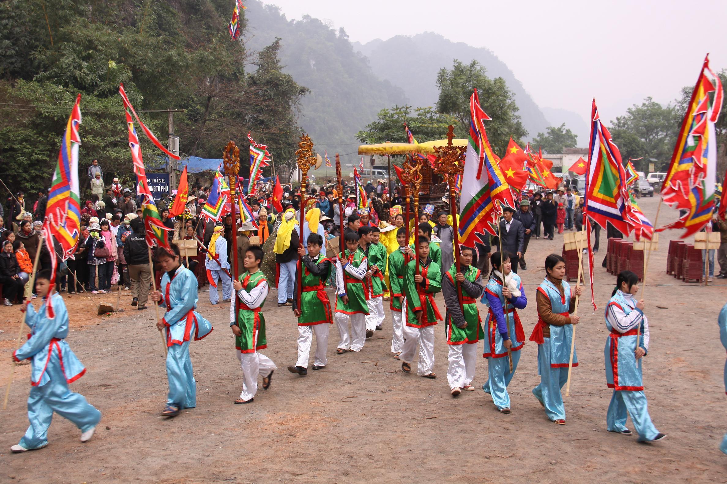 Chuẩn bị lễ khai hội Chùa Tiên - Đầm Đa năm 2018